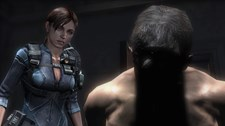 Resident Evil Revelations (Xbox 360) Screenshot 2
