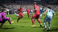 FIFA 15 (Xbox 360) Screenshot 1