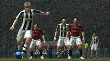 Pro Evolution Soccer 2008 (EU) Screenshot 8