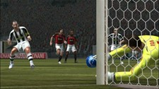 Pro Evolution Soccer 2008 (EU) Screenshot 7