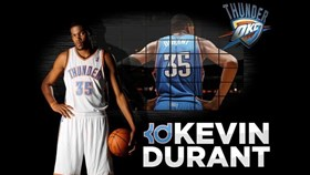 Kevin Durant Drives to the Rim In NBA 2K15